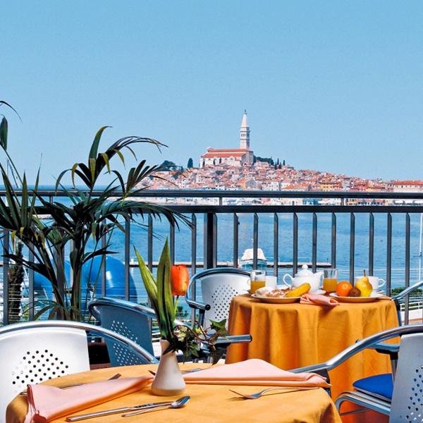 Prenotazione di appartamenti camere e alberghi in croazia for Croazia camere